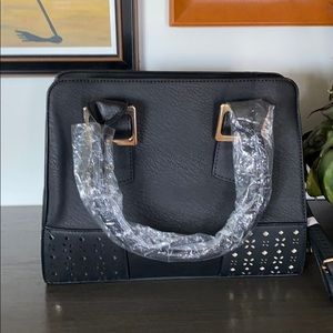 New: Faux Black Purse With Detachable Strap